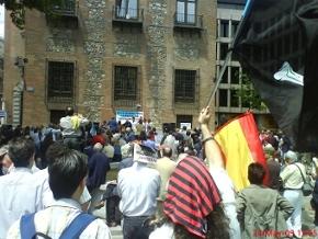 Foto al final del evento de la marcha de los internautas el 24 de mayo en madrid.